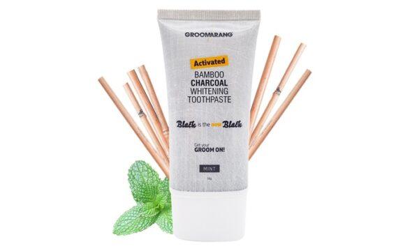 Charcoal Whitening Tandpasta fås hos Dahl Copenhagen