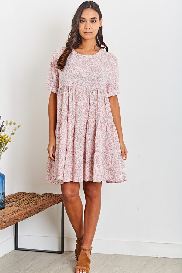 Ophelia kjole med blomsterprint fås hos Dahl Copenhagen